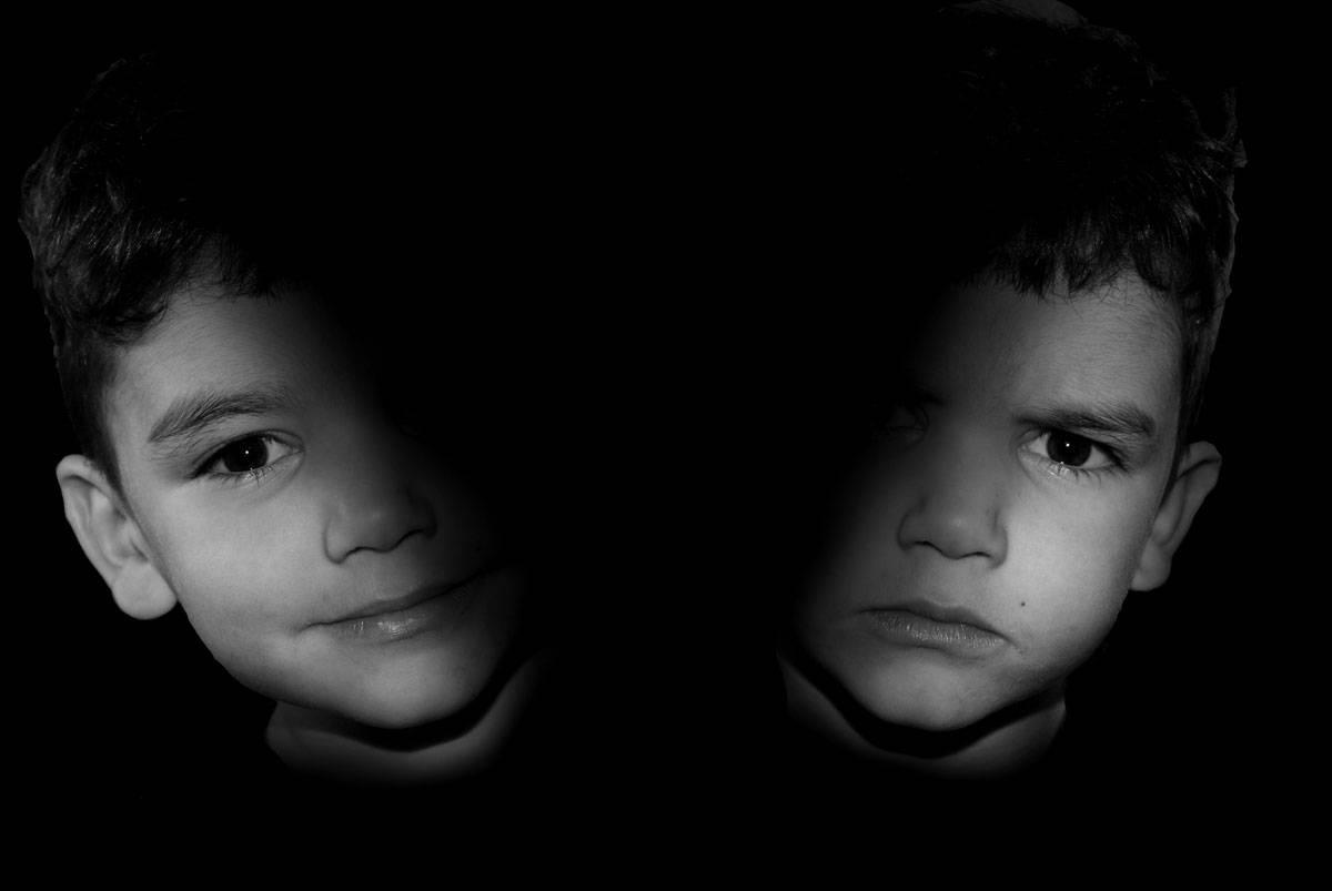 Признаки, причины и лечение психоза у ребенка