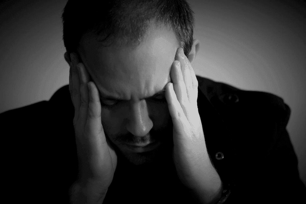 Как помочь человеку выйти из депрессии, справиться, поддержать