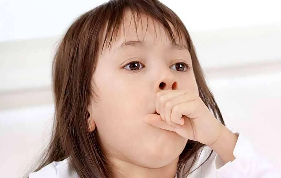 Лающий кашель у ребенка с температурой чем лечить ингаляции