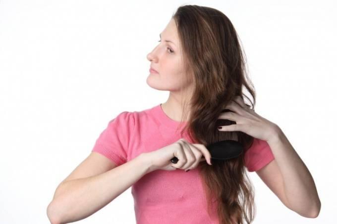 волос попал в горло что делать
