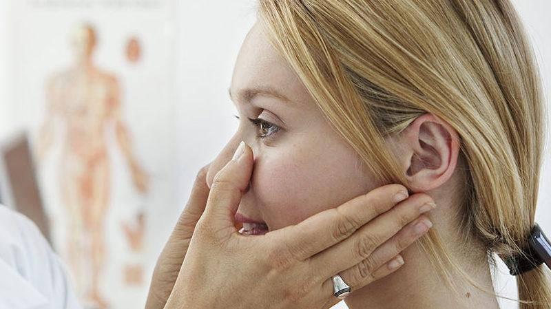 Перелом носа. причины, симптомы, виды, первая медицинская помощь и реабилитация :: polismed.com