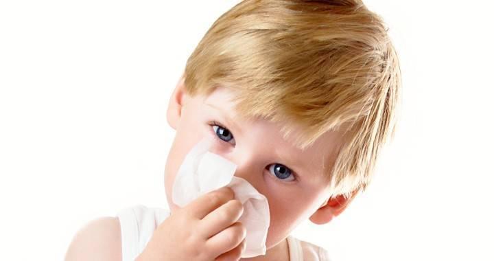 Как лечить жидкие сопли у ребенка