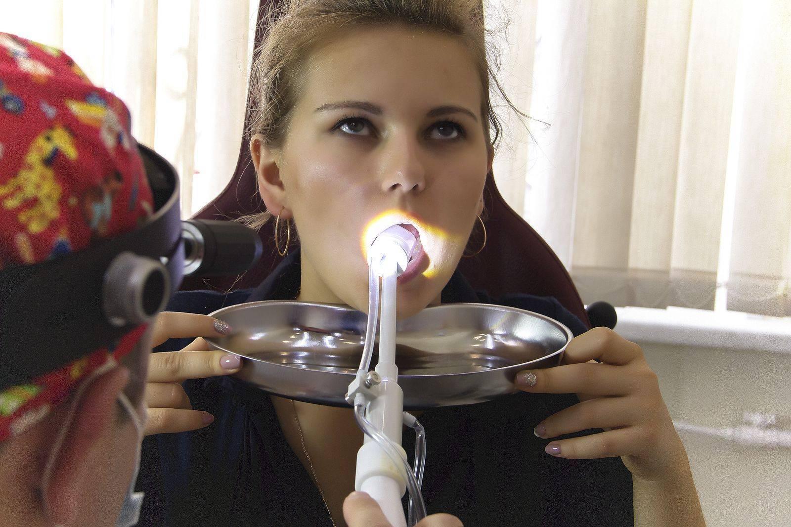 Промывание горла при тонзиллите