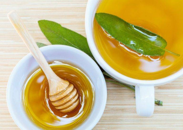 мед для горла полезен