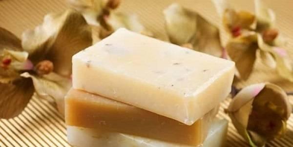 Эффективность и правила использования дегтярного и серного мыла при псориазе
