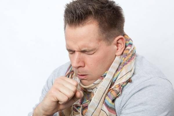 Как и чем лечить горловой кашель у ребенка