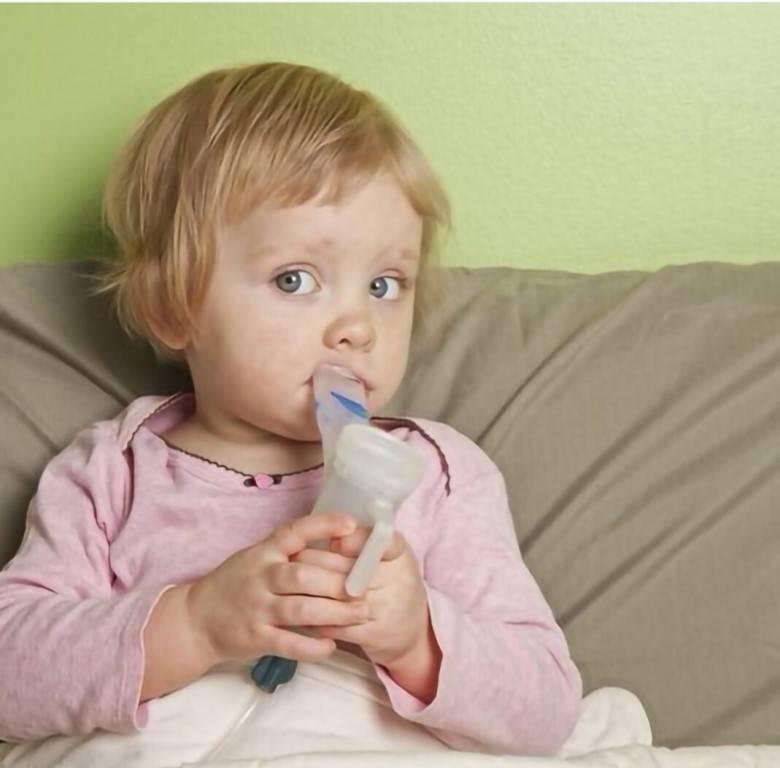 можно ли мыть ребенка при насморке и кашле