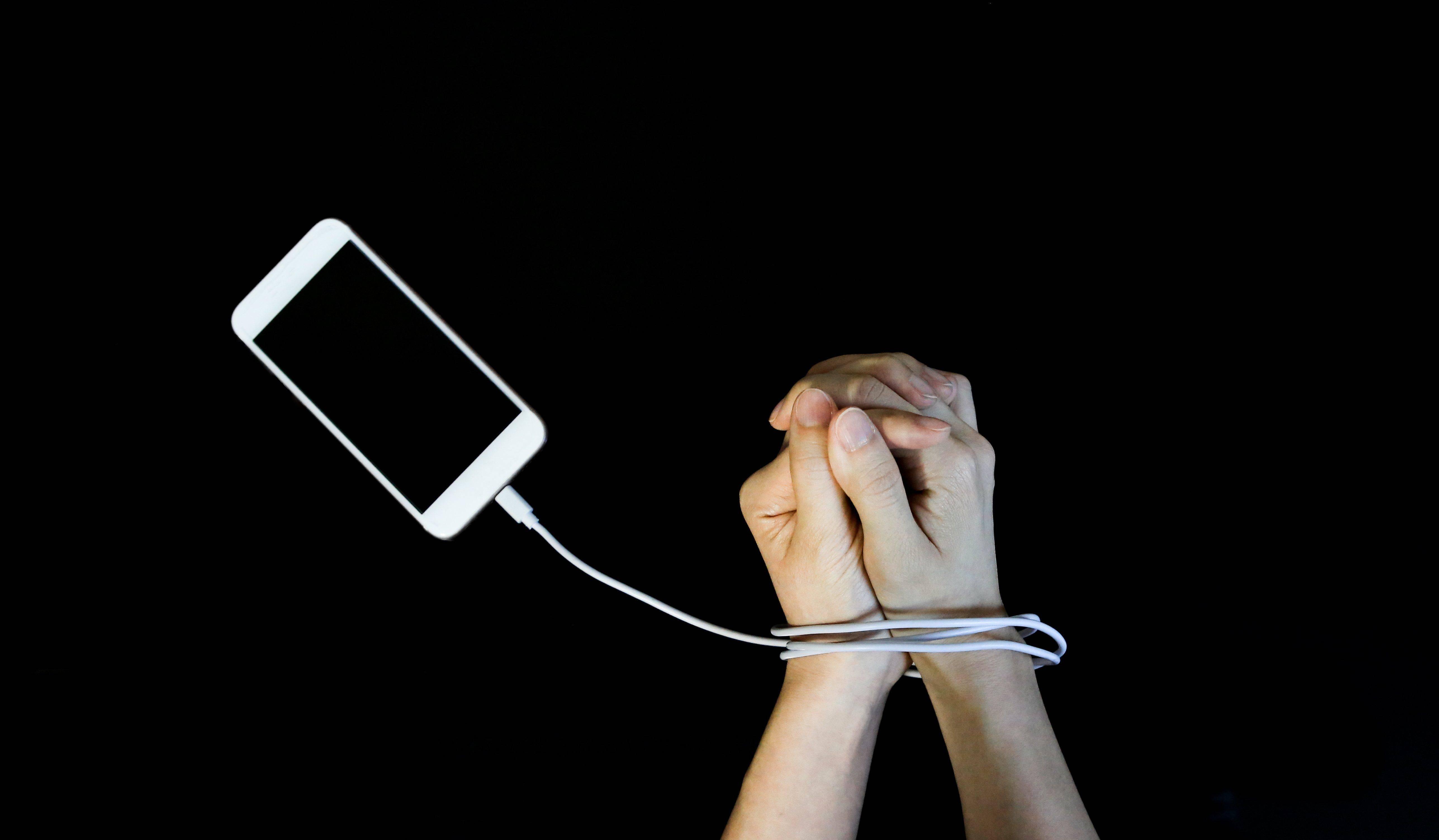 Тест: а вы зависимы от вашего смартфона?