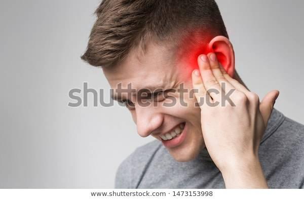 давит на уши
