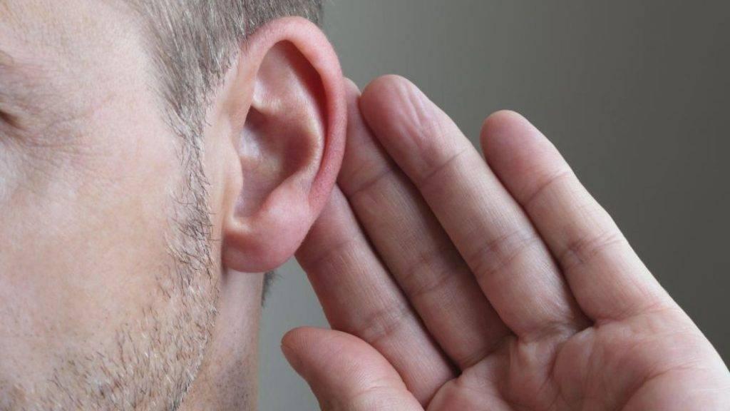 Примета горят уши но не красные. почему горит правое ухо? покраснение правого уха свидетельствует
