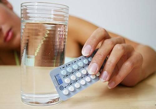 Как проходит лечение мастополом при мастопатии и есть ли побочные эффекты у таблеток
