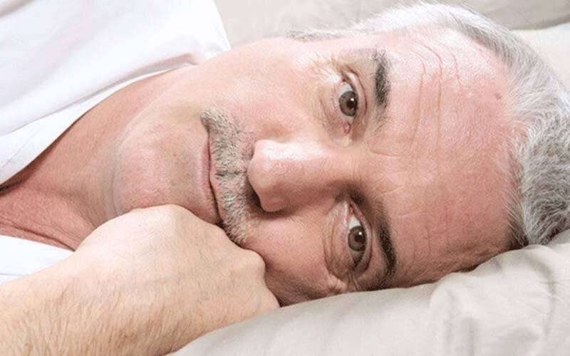 Бессонница у пожилых людей — причины и основные способы лечения