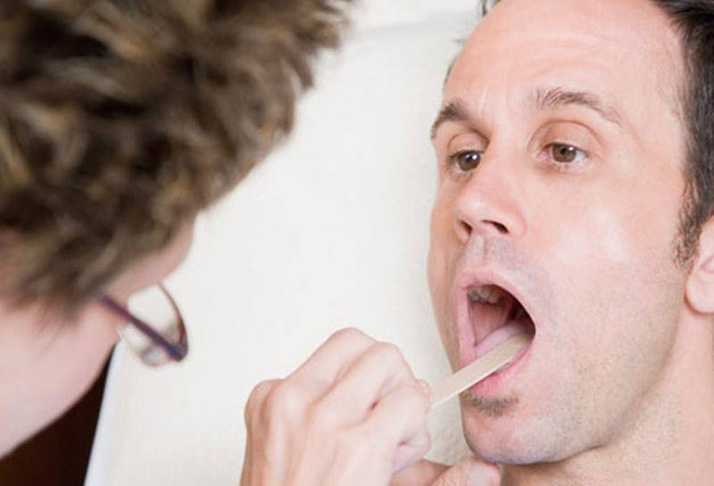 Что делать если у вас сушит горло?