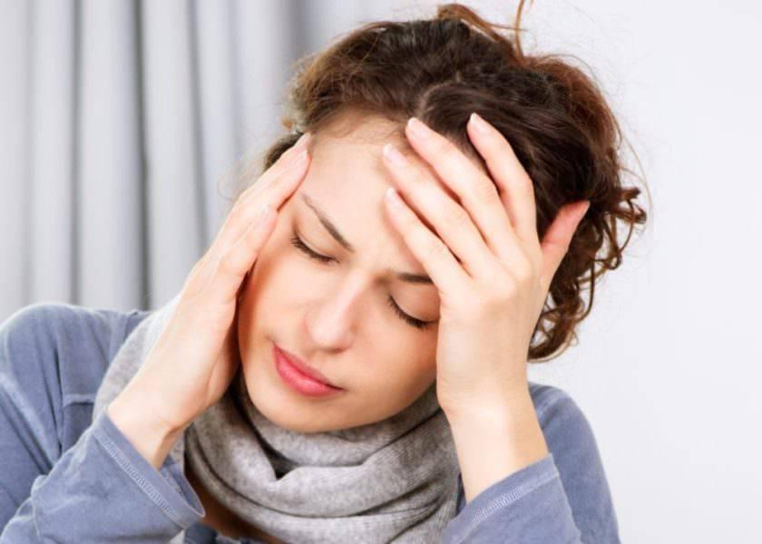 При насморке болит лобная часть головы и глаза что делать