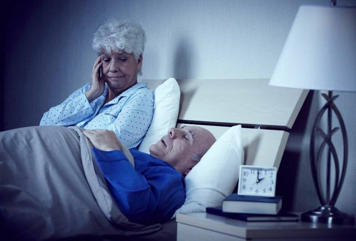 Безопасные средства от бессонницы для пожилых
