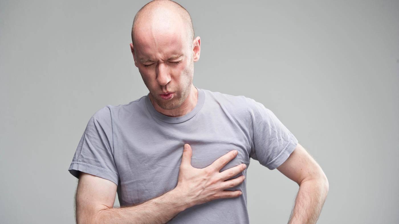 Постоянно болит в левой груди у мужчины