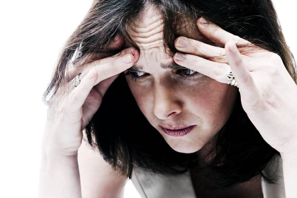 Причины депрессии и тревоги при похмелье: как выйти из посталкогольной паники