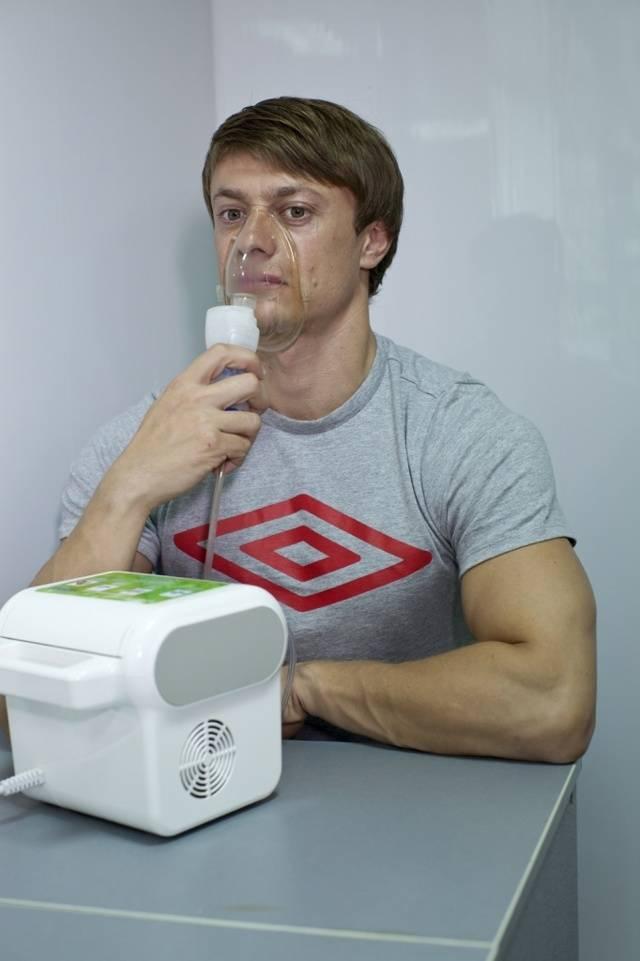 Проведение ингаляций небулайзером при заложенности носа