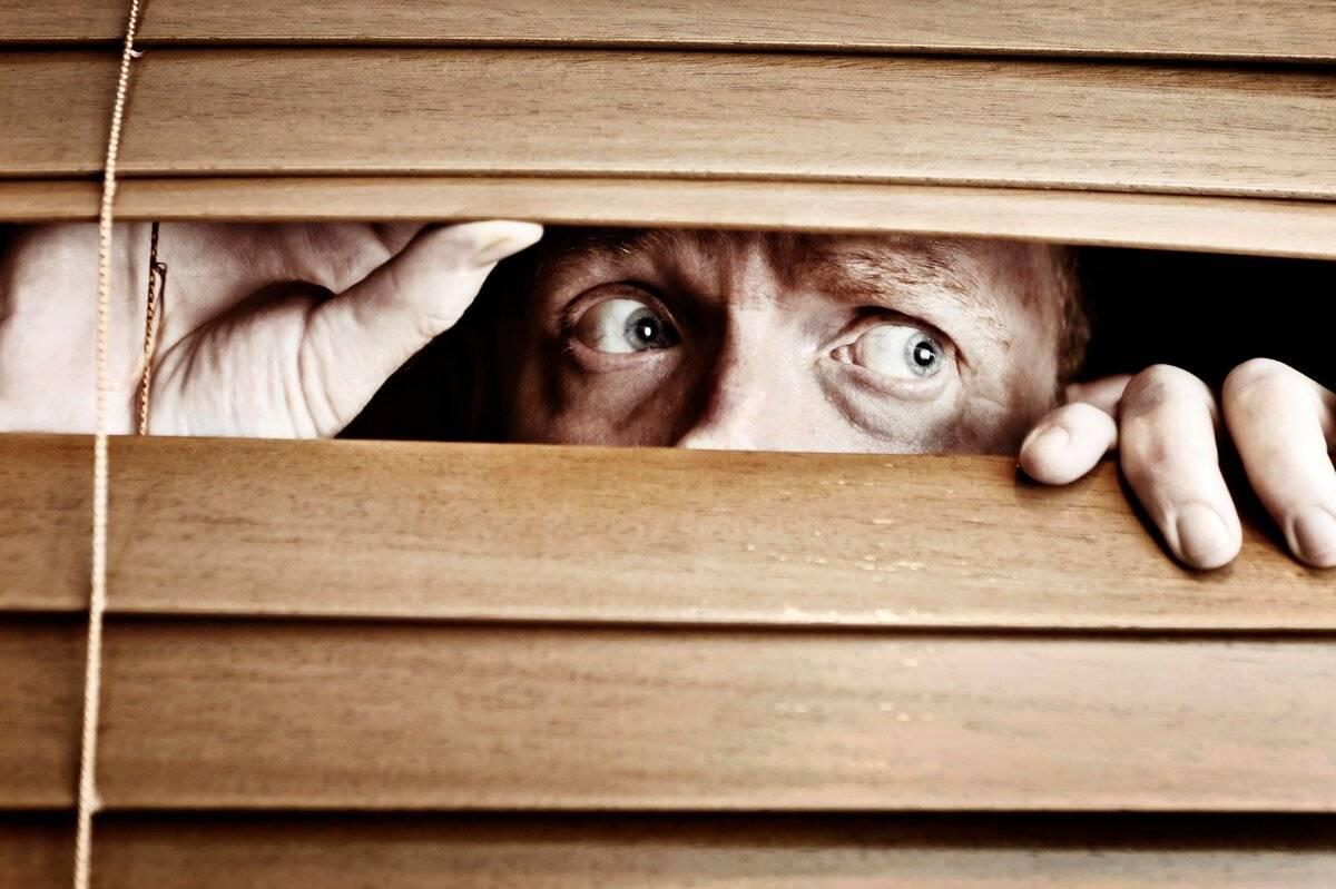 фобия открытых дверей