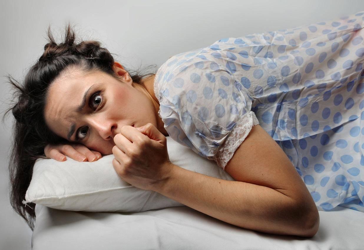 Бессонница во время беременности, причины нарушений сна у беременных. как бороться с бессонницей на разных сроках беременности.