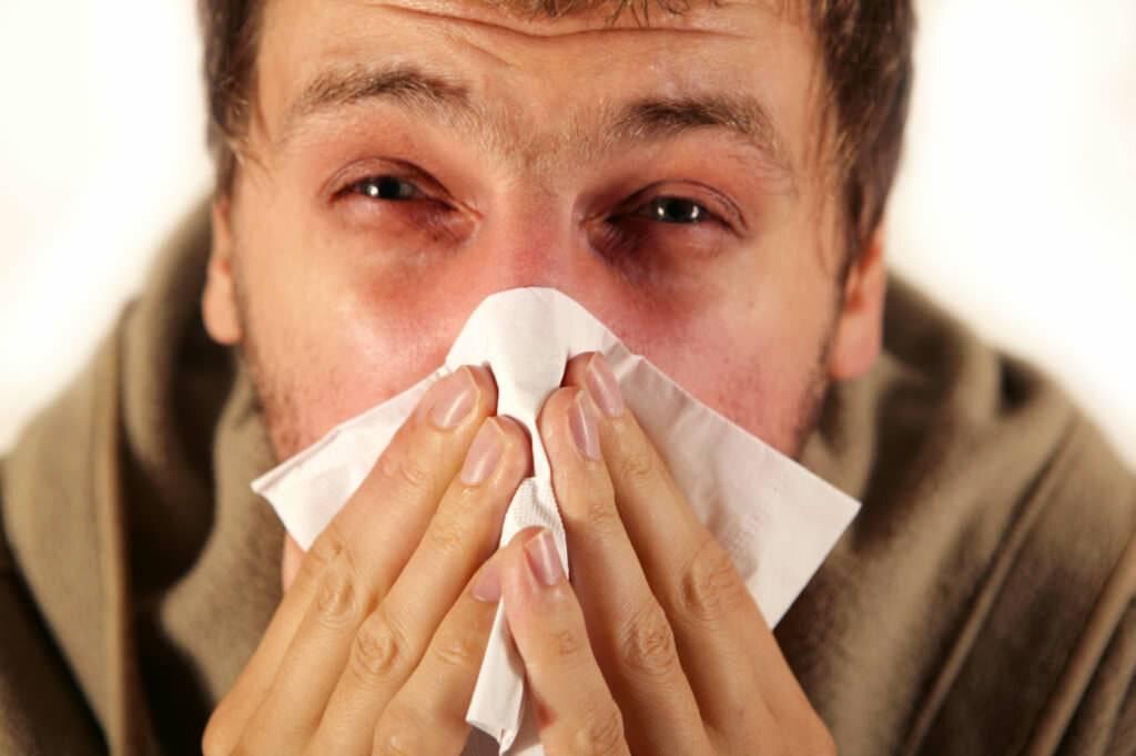 сильное чихание и насморк