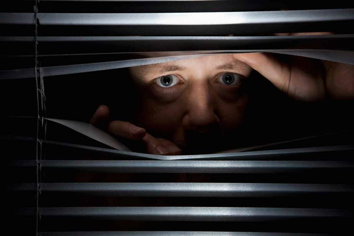 Параноидное расстройство личности - симптомы болезни, профилактика и лечение параноидного расстройства личности, причины заболевания и его диагностика на eurolab