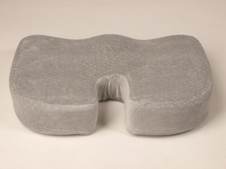 подушка противогеморройная