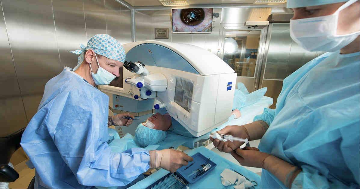 Операция по коррекции зрения: виды, показания, результат