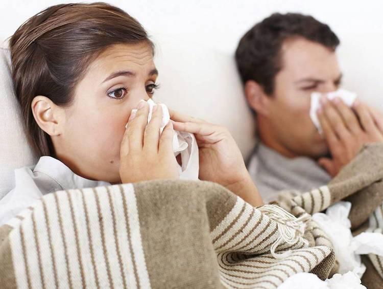 Сильный насморк и постоянное чихание как лечить