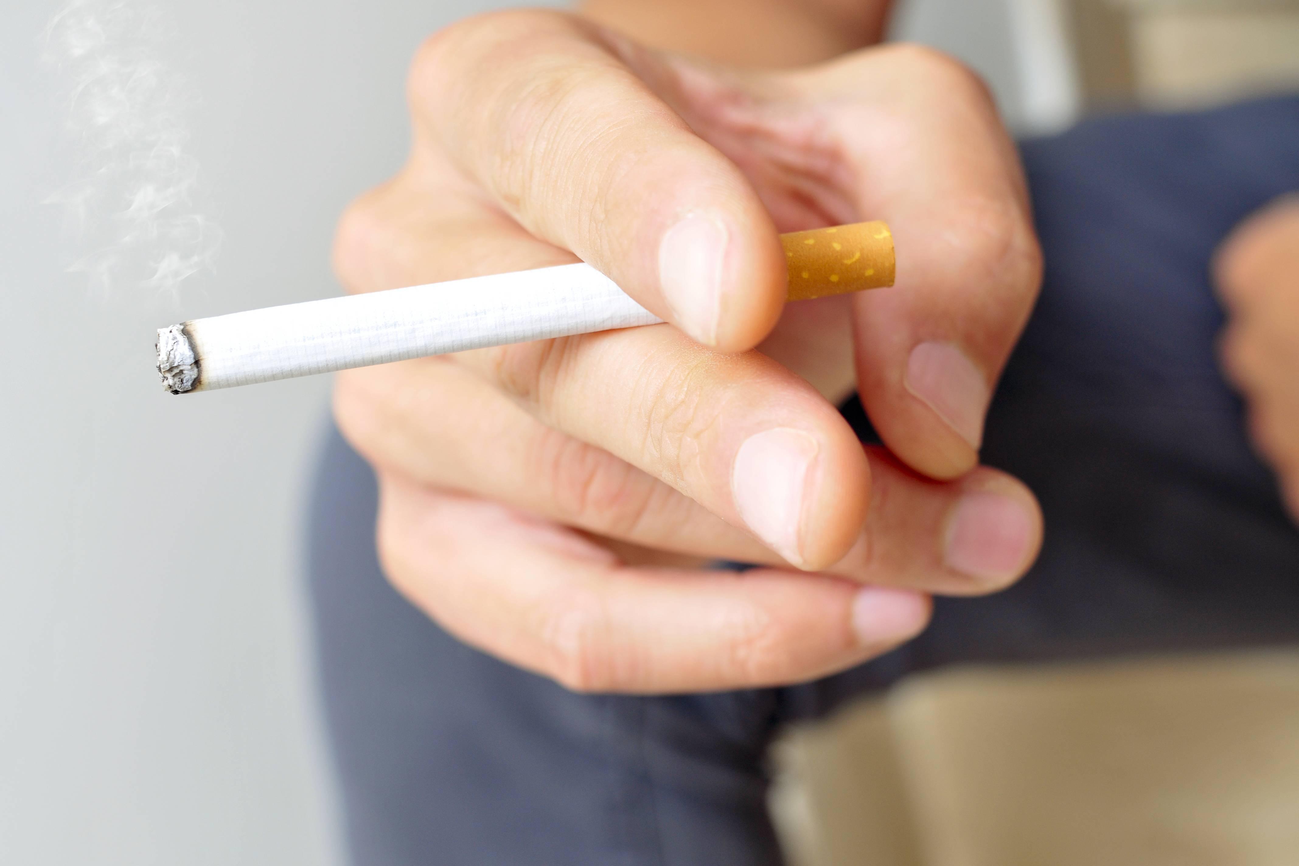 У меня ангина. можно ли курить?