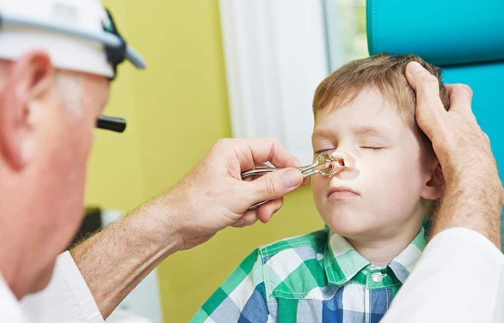 Отек слизистой носа у ребенка лечение комаровский
