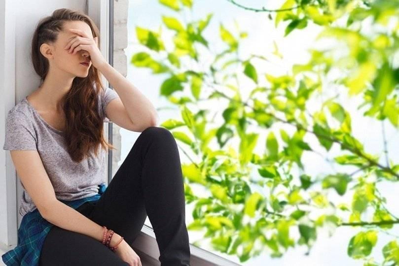 Весенняя депрессия у женщин: что делать?
