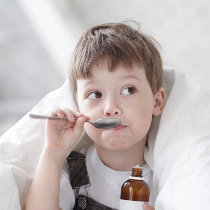 Утренний кашель у детей: о чем говорит, что предпринять