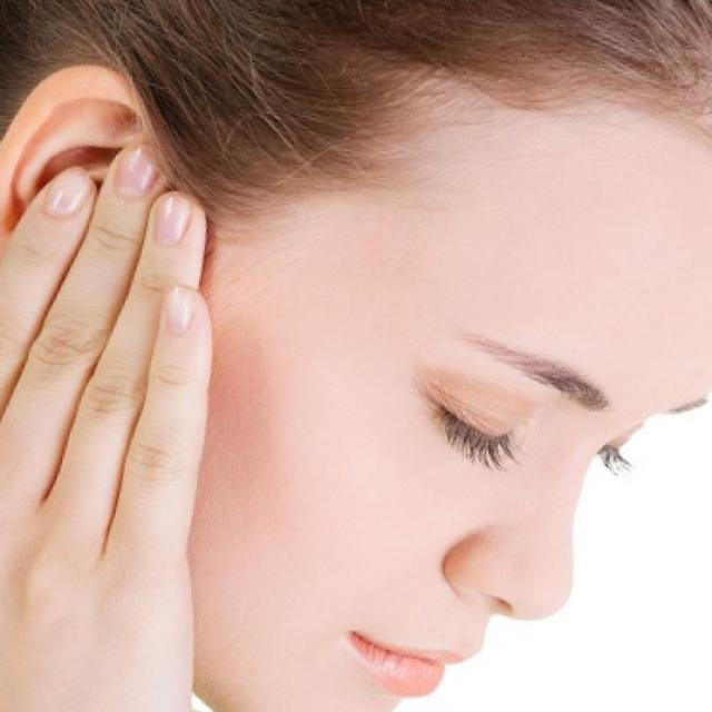 чем лечить боль в ухе у взрослых