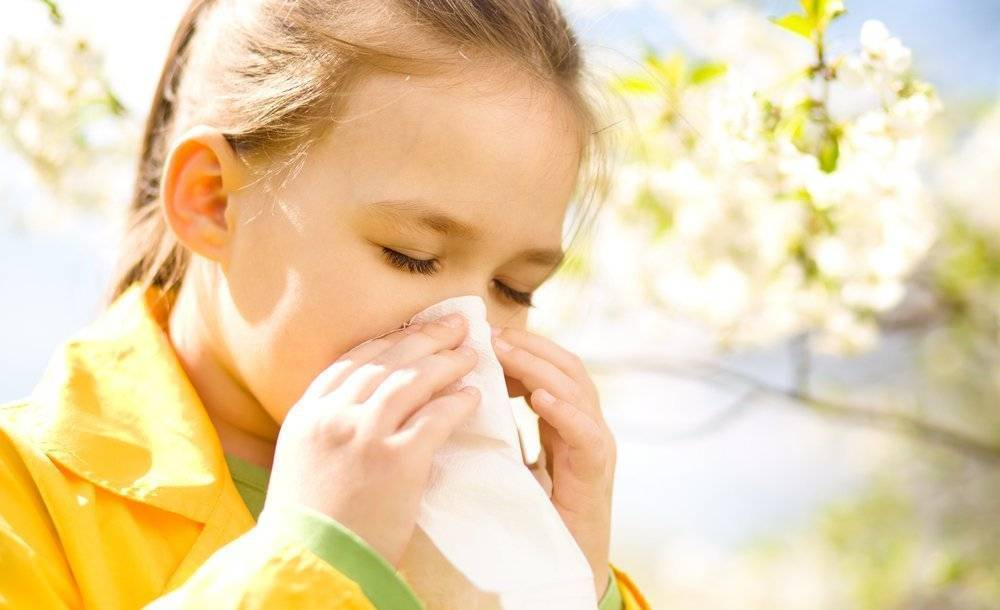 Аллергический ринит у ребенка, причины и лечение