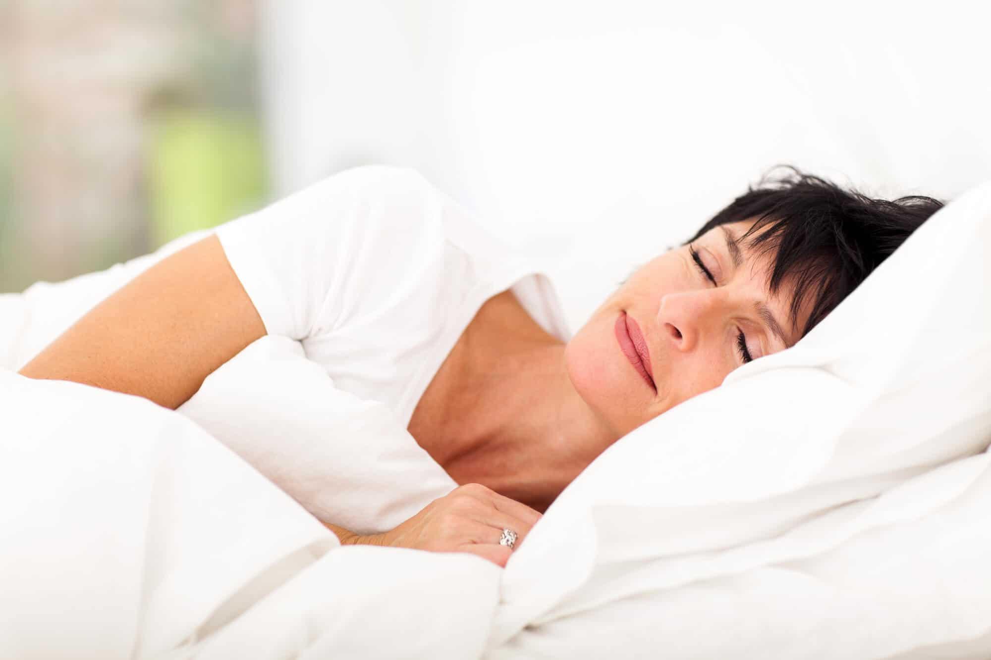 Лечим бессонницу дома: самые эффективные меры