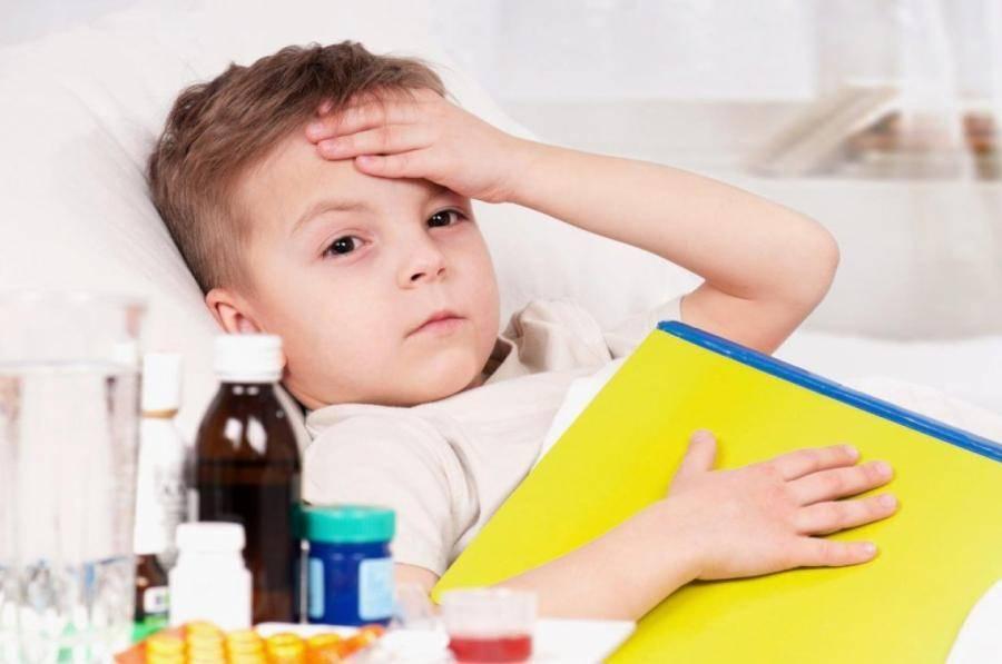 приступообразный сухой кашель у ребенка ночью