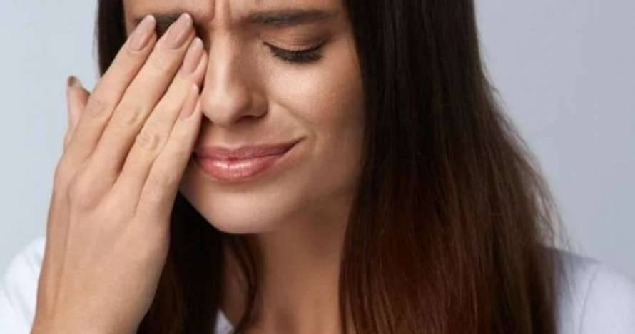 Почему у вас дергается глаз: основные причины и значение :: инфониак