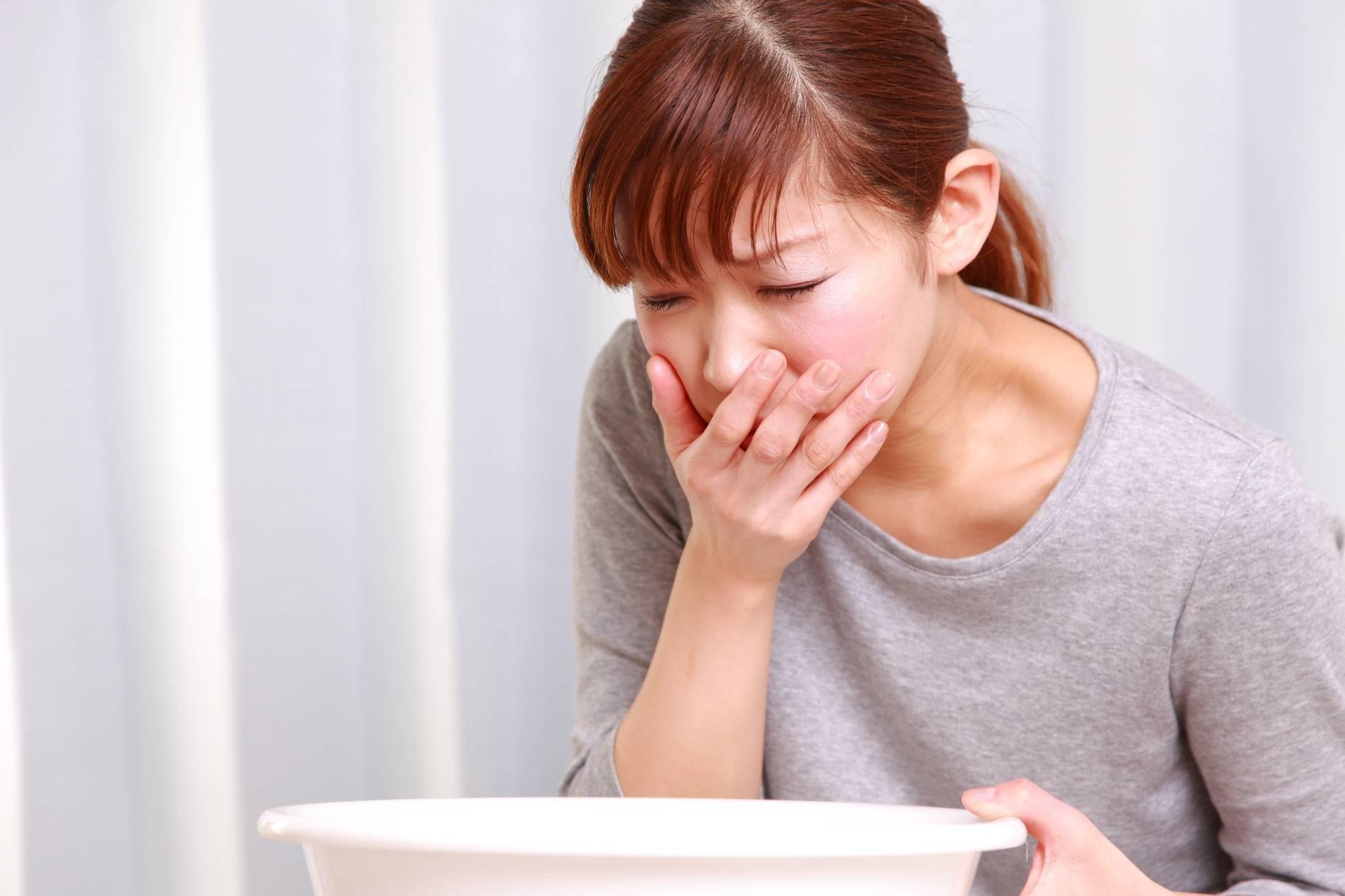 кашель после еды с мокротой причины