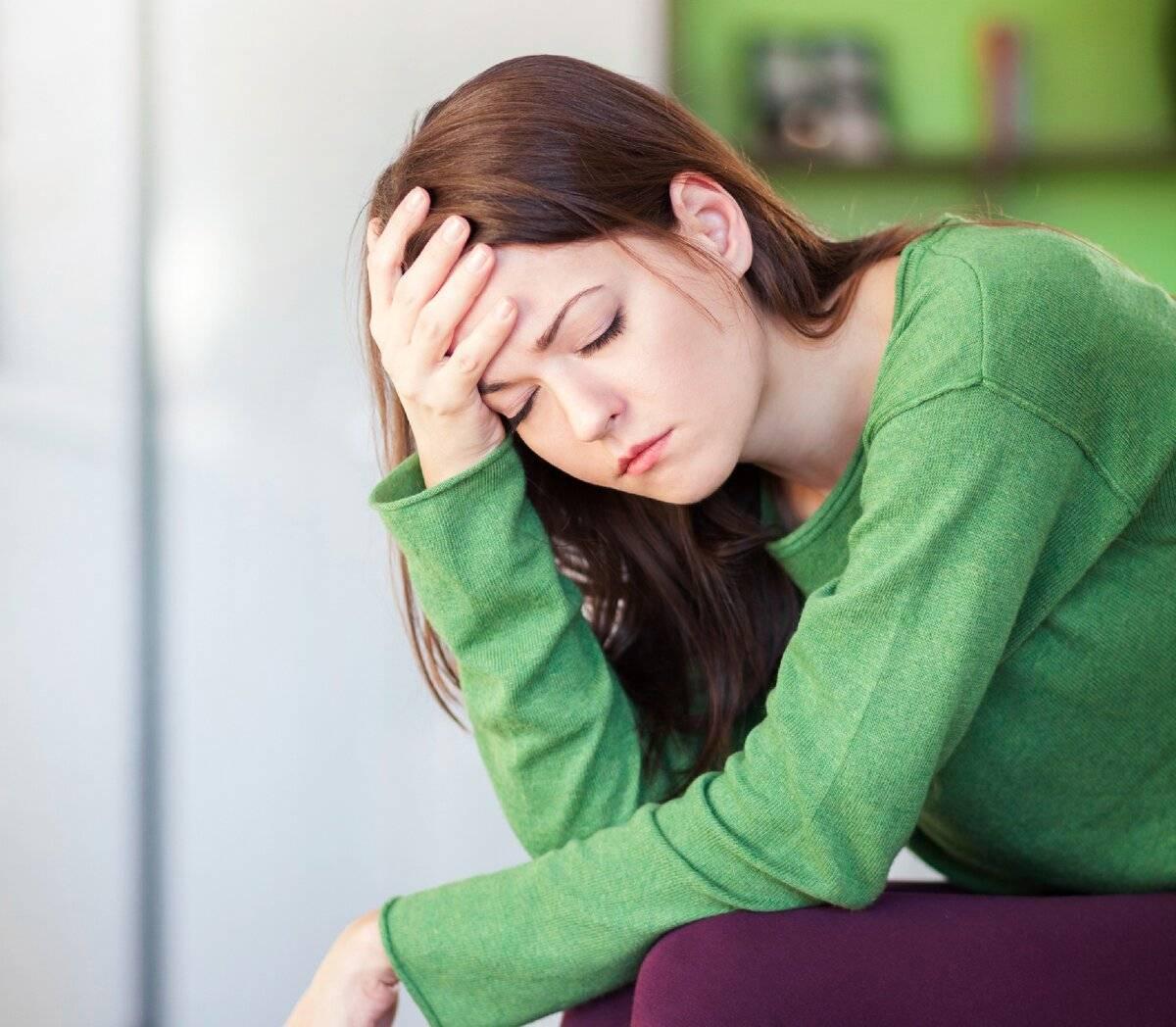 Осенняя депрессия у женщин, почему возникает и как с ней справиться