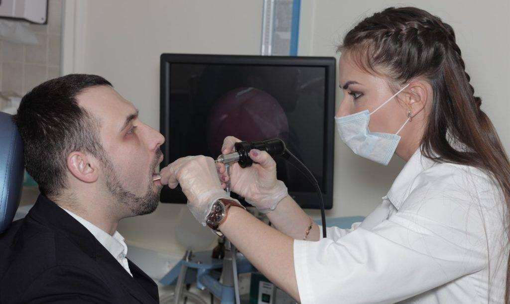 Удаление гланд у взрослых: методы проведения операции, реабилитация и последствия