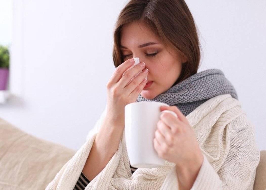 Лечение чихания и насморка без температуры