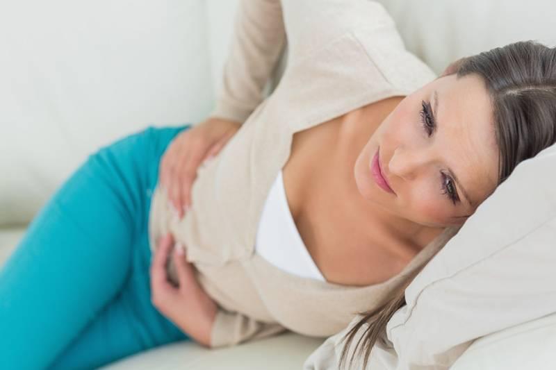 Что делать, если при беременности болит печень (камень или давит ребенок)?