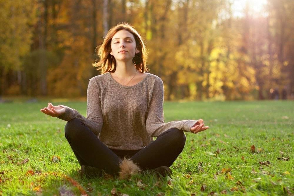 Прменение йоги для снятия стресса и усталости