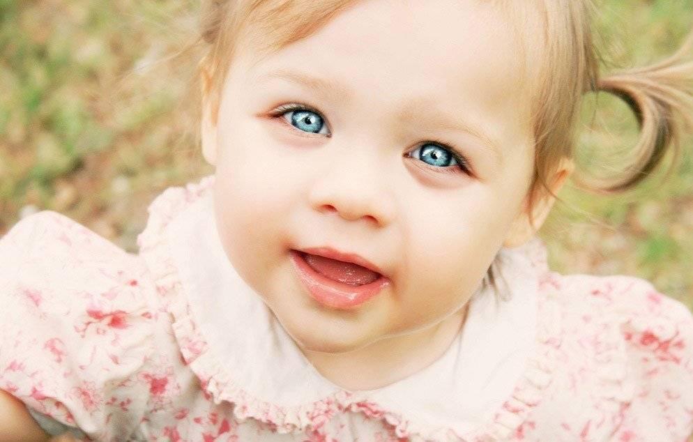 Отёки, мешки и синяки под глазами ребёнка. что делать родителям?