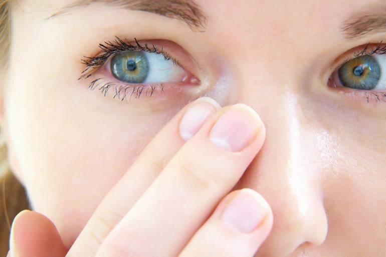 покраснение глаз от линз лечение