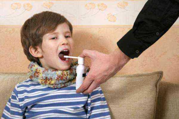 как лечить горло ребенку 1 год