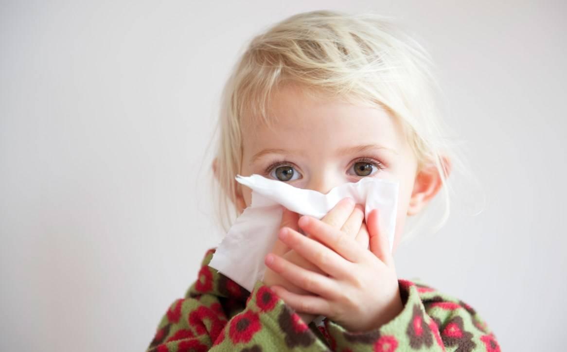 У ребенка кашель: какие лекарства помогут? чем лечить кашель у ребенка?