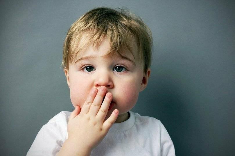 После отита ребенок плохо слышит что делать