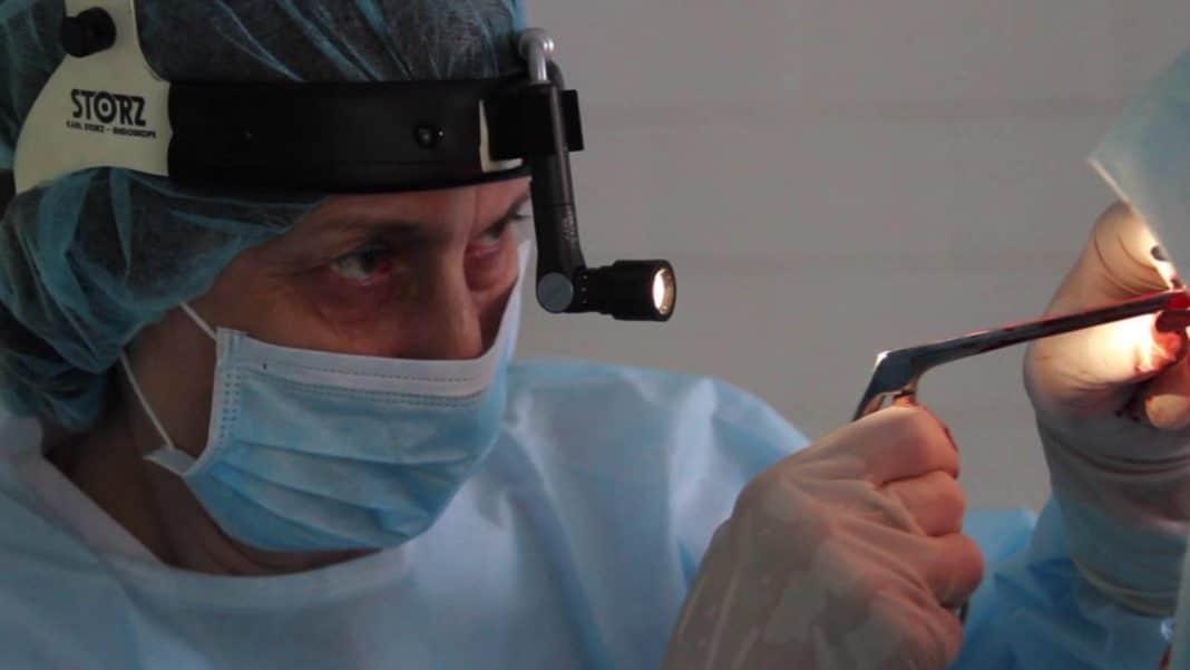 полипы в носу операция